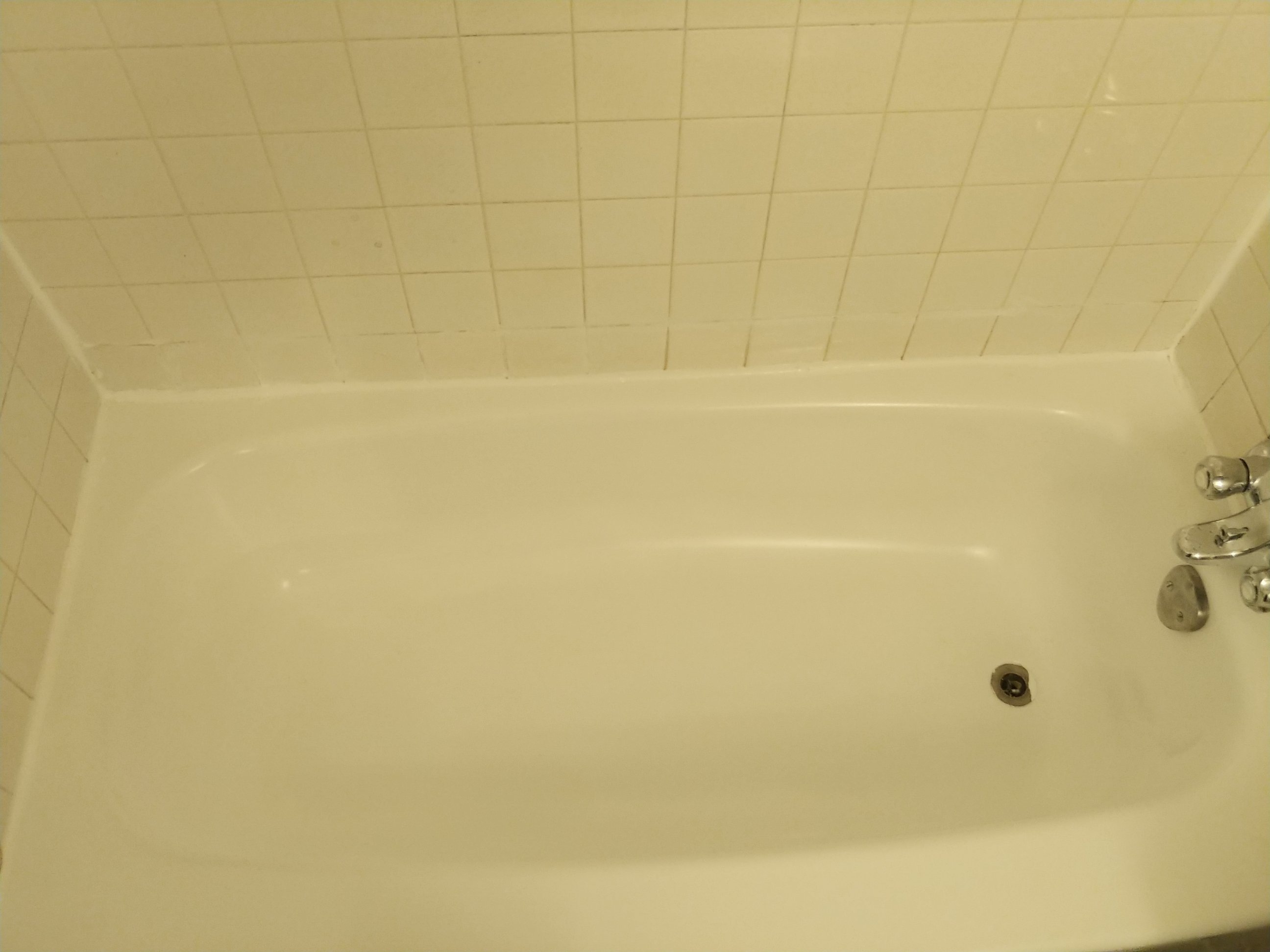 bathtub after cleaning
